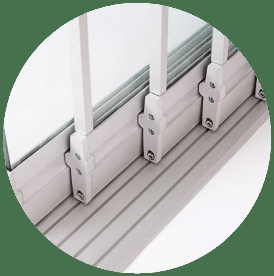 surgu-sistem-cam-balkon-min